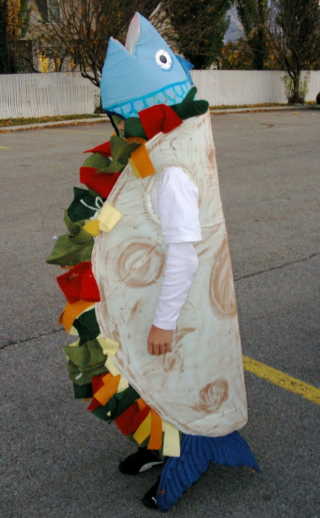 funny halloween costumes DIY fish taco