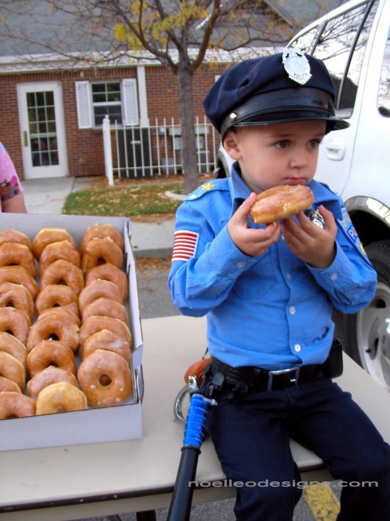 tiny policeman costume