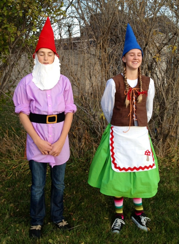 Halloween DIY costumes gmome costumes