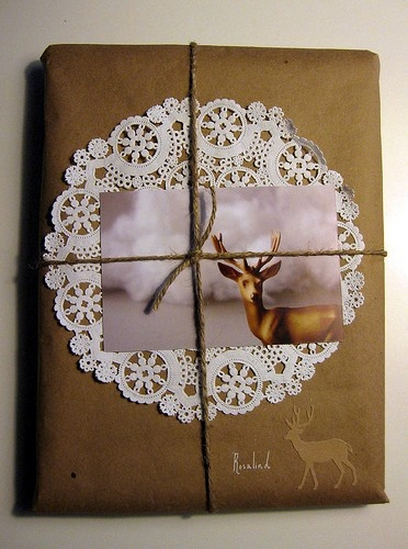 lace doiley for wrapping