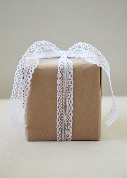 lace for wrapping