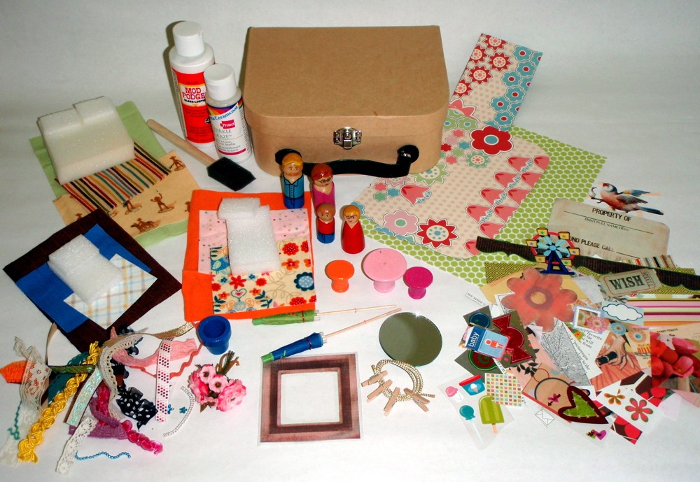accessories for suitcase dollhouse
