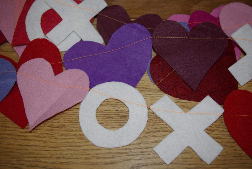hugs kisses hearts valentine banner