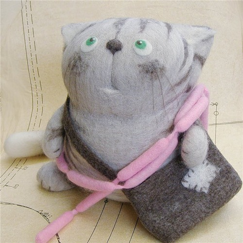 felt cat with purse
