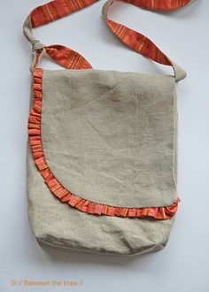 ruffle messenger bag