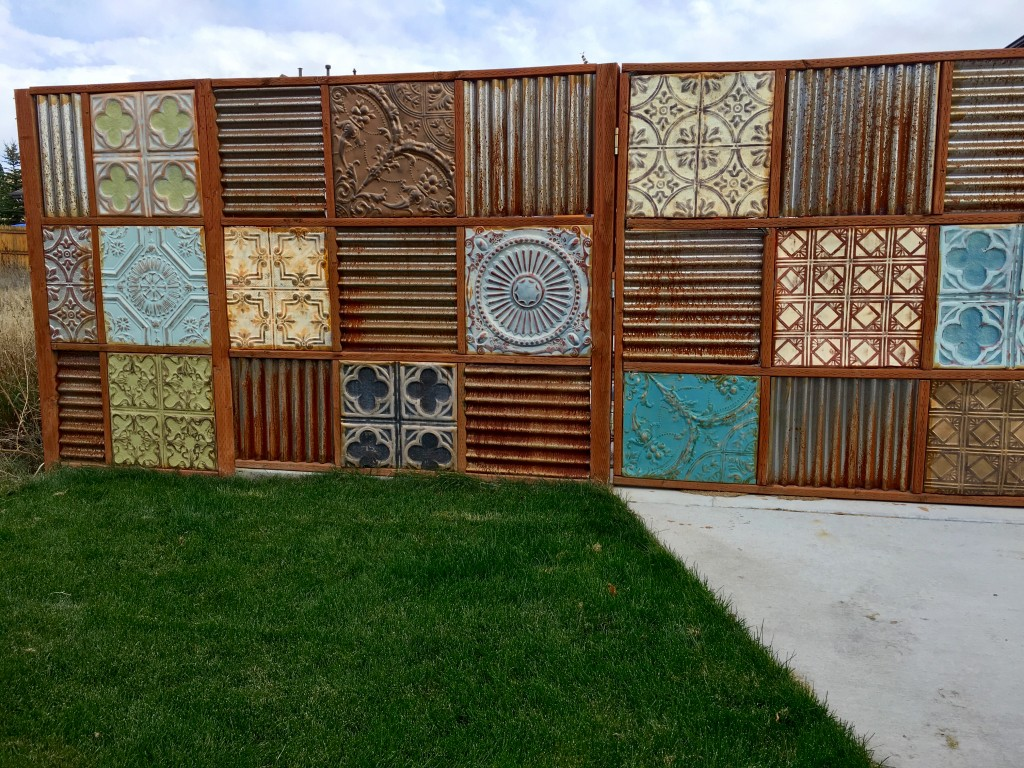 Corrugated Metal Fence Update Noelle O Designs