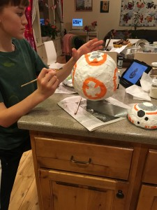 painting BB8 body