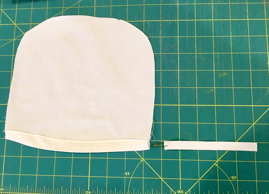 make a pilgrim bonnet