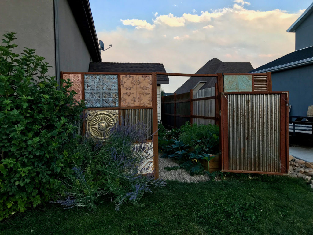 corrugated metal fence build