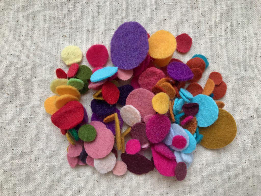 felt circles, making wool felt balls