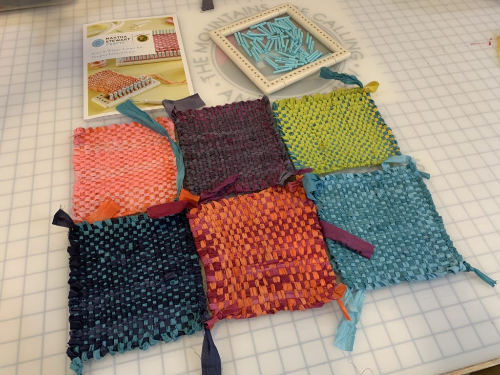 weaving fabric scraps DIY